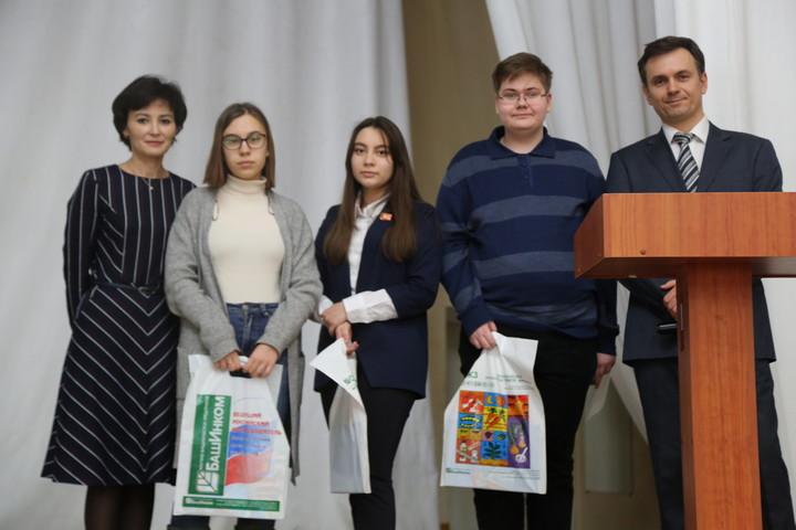 НВП БашИнком на олимпиаде по биологии